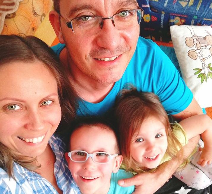 Bogáromi Zoltán és Katalin / Pinkbarrel Shop