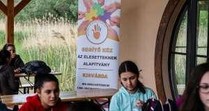Segítő kéz az elesetteknek alapítvány Mutass jó példát kampány